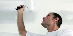 Expert Tips on How to Paint a Home Ceiling