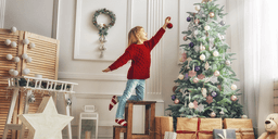 10 Easy Ways to Add Christmas Charm to Your Home