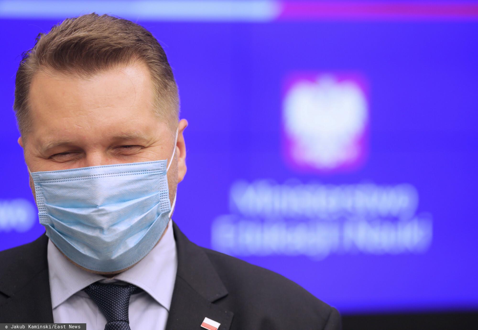 Przemysław Czarnek chce nowych lektur