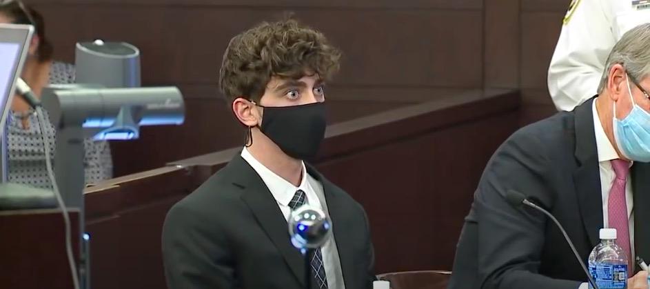 Sąd skazał 21-latka na 24 lata więzienia w związku ze śmiertelnym potrąceniem w czasie nielegalnych wyścigów