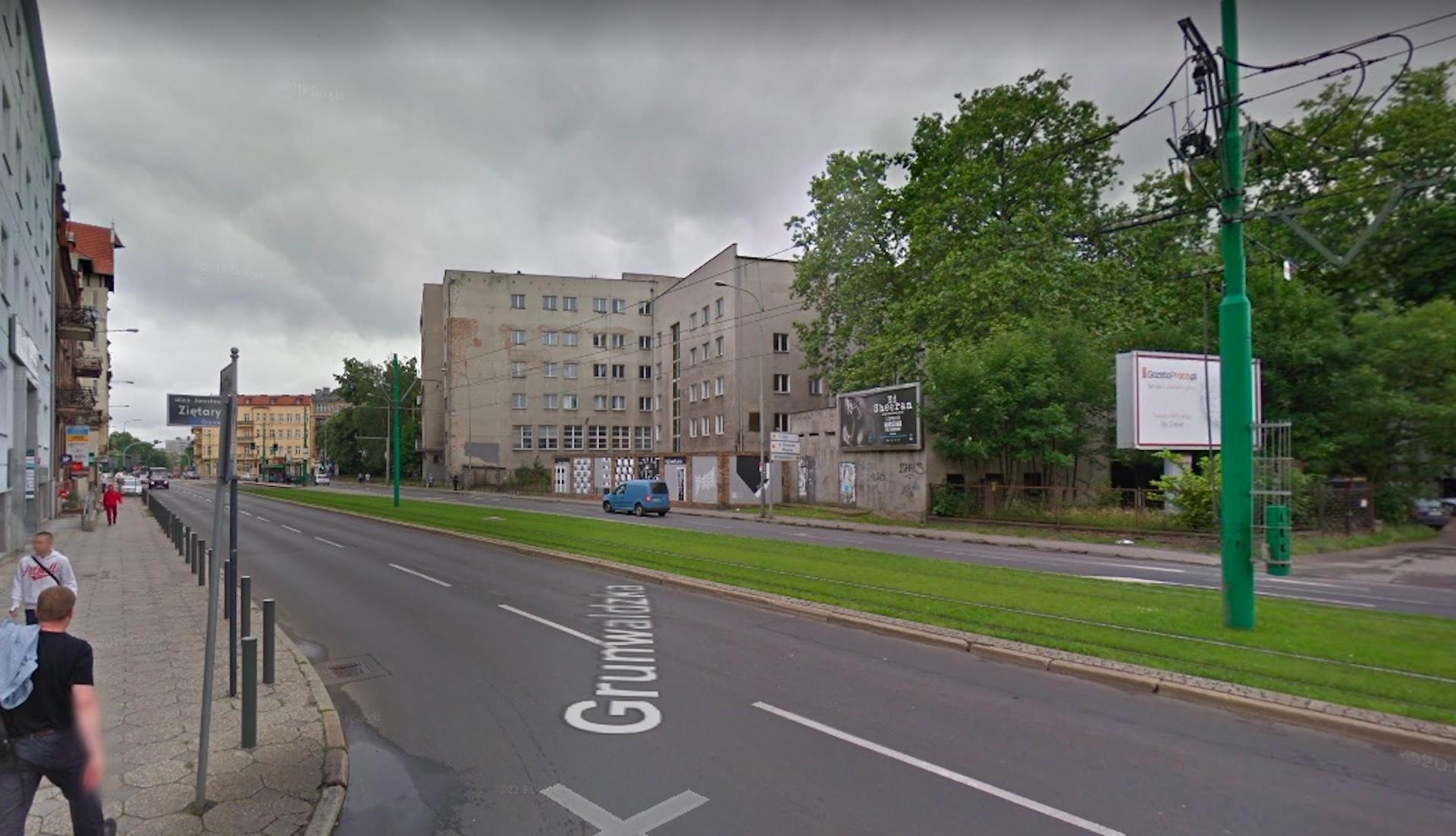 W nocy z wtorku na środę doszło do tragicznego wypadku w Poznaniu na ul. Grunwaldzkiej