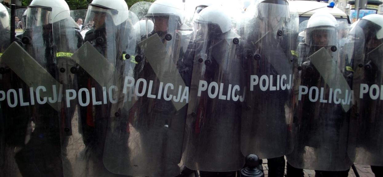 Według Rzeczpospolitej wśród policjantów z wydziałów prewencji narasta bunt.