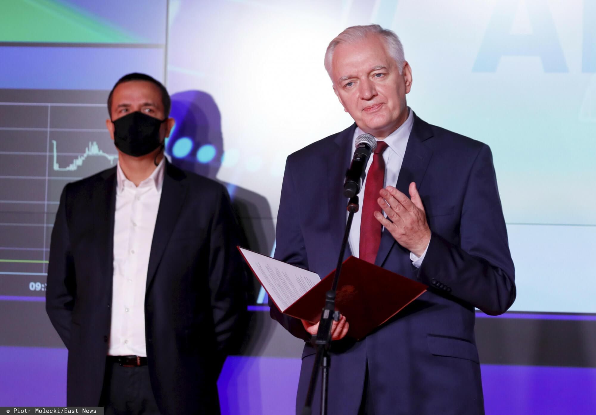 Jarosław Gowin wyjawił, jak rządzący będą zachęcać Polki i Polaków do dłuższej pracy