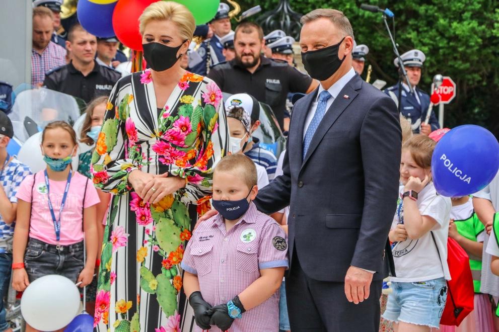 """Andrzej i Agata Dudowie na inauguracji """"Bezpieczne Wakacje z Parą Prezydencką"""""""