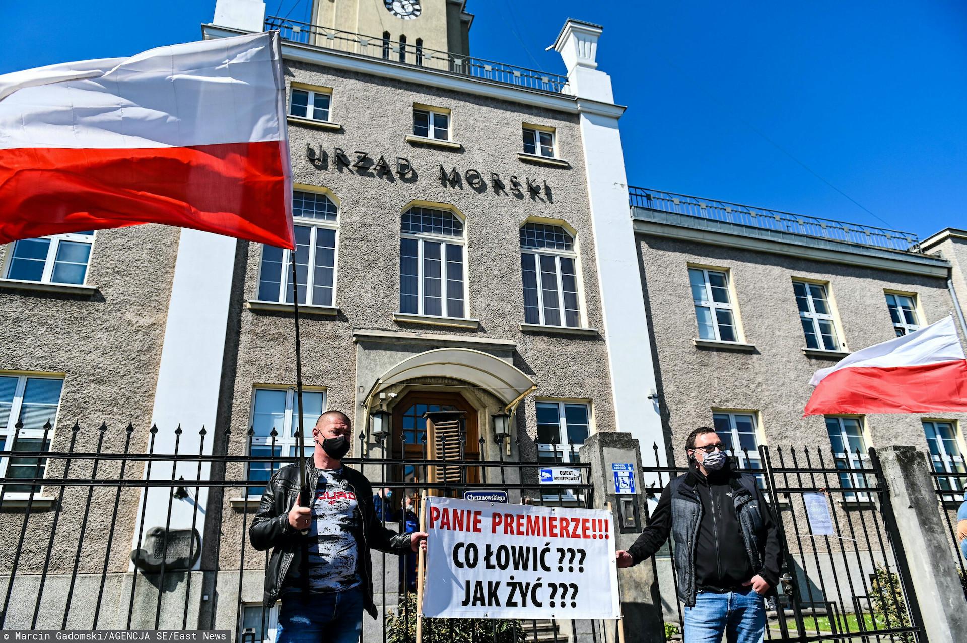 Na drodze prowadzącej na Hel w sobotę odbywa się protest rybaków