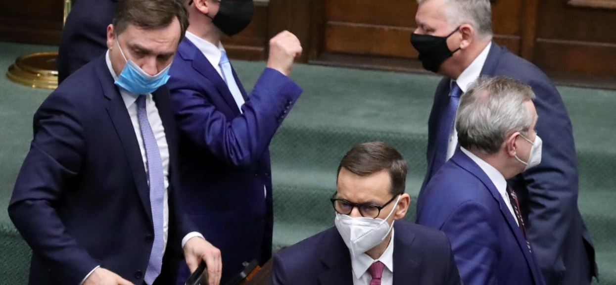 """Według """"Rzeczpospolitej"""" PiS ma zaprezentować Nowy Ład w połowie maja."""