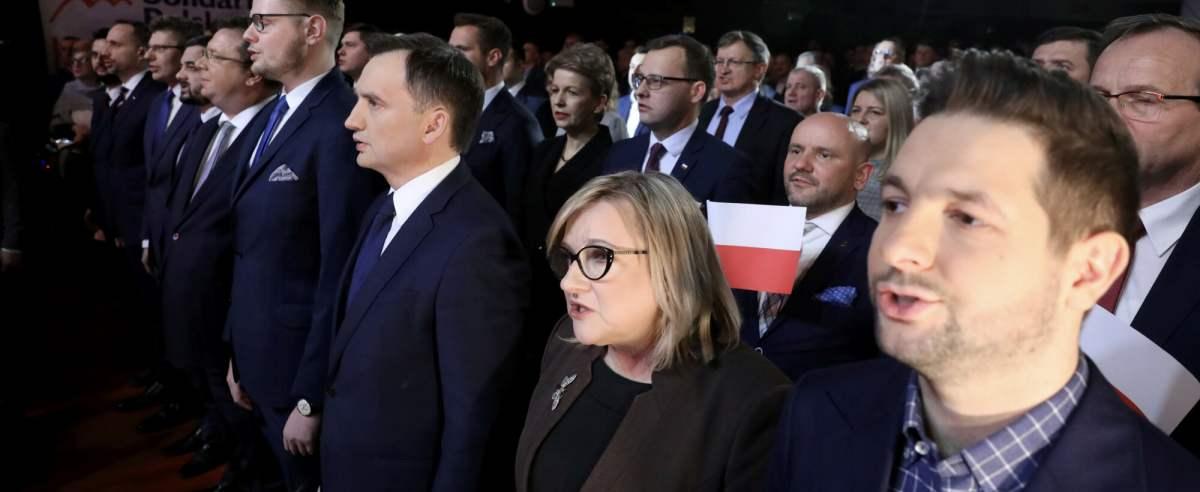 Goszcząca w programie Radia Zet Beata Kempa została zapytana o udanie się do restauracji tuż po katastrofie smoleńskiej.