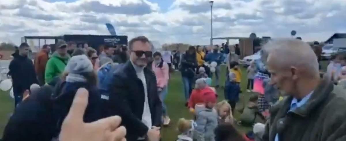 """W Rzeszowie Grzegorz Braun zorganizował piknik ze """"strefą wolną od lockdownu"""""""