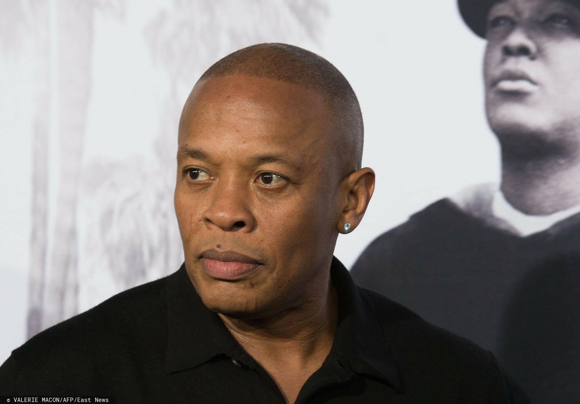 Legendarny producent Dr Dre został przetransportowany do szpitala.