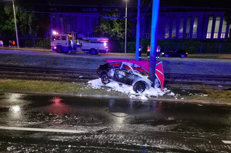 W sobotę wieczorem w Poznaniu doszło do tragicznego wypadku. Nie żyją dwie osoby