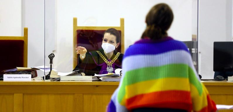 W Płocku wydano wyrok w sprawie tęczowej Matki Boskiej