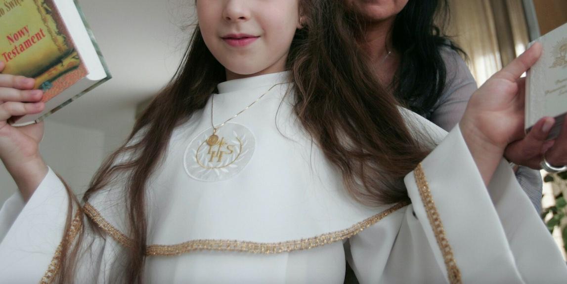 W powiecie kaliskim 12-letnia dziewczynka została wykorzystana seksualnie w czasie komunii świętej