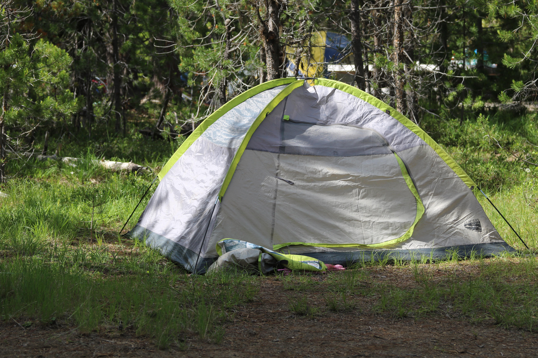 Kobieta żyła w namiocie przez sześć miesięcy.