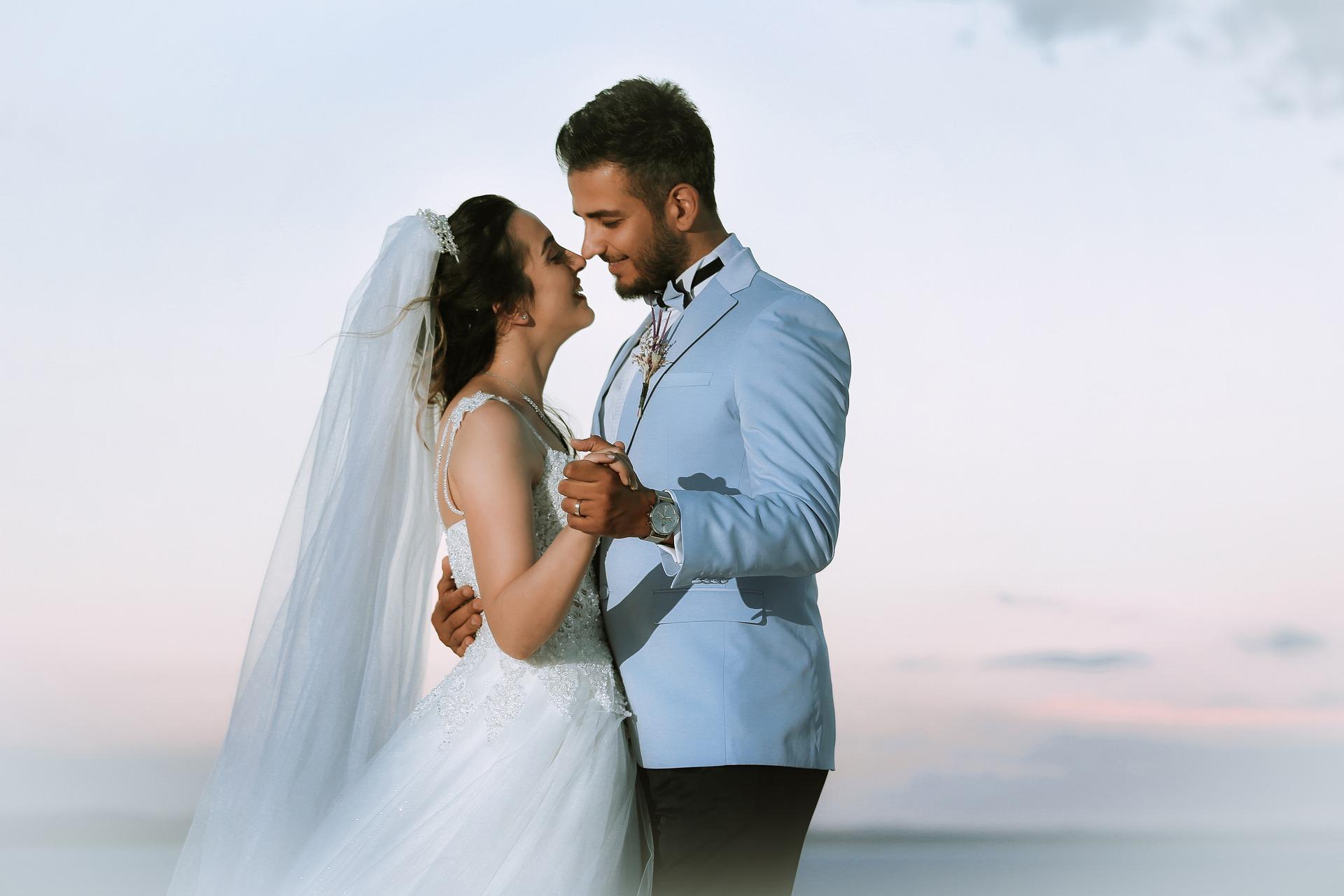 Brak zespołów na weselach
