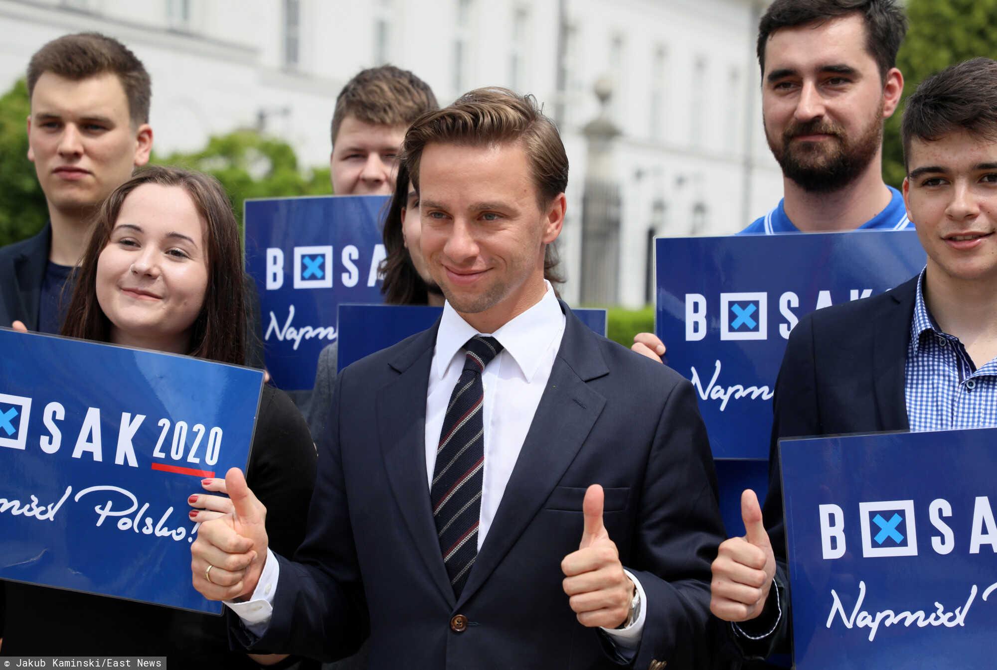 Oświadczenia majątkowe trzech uznanych polskich polityków ukazują interesujące fakty.