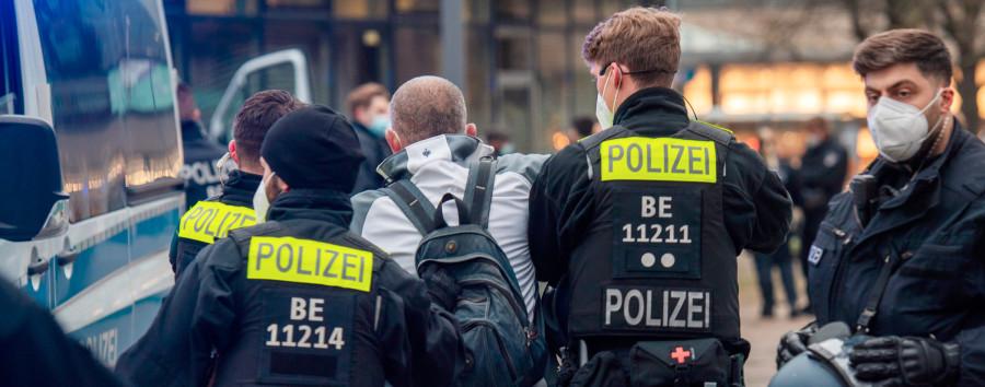 """""""Diskriminierungsfrei, divers, kritikfähig"""": Neue Initiative will Wandel in der Polizei vorantreiben"""