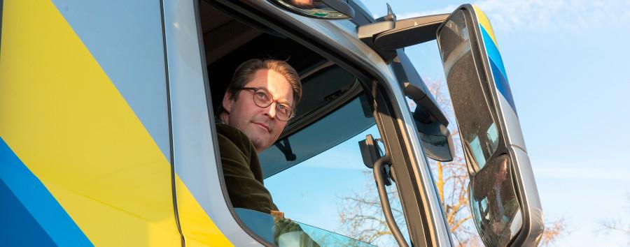 """Bundesweite Konferenz zur Verkehrssicherheit: Fußgängerlobby bezeichnet Scheuer als """"das größte Unfallrisiko im Land"""""""