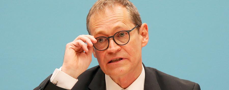19.300 angezeigte Beleidigungen, drei Durchsuchungen – eine wegen Müller