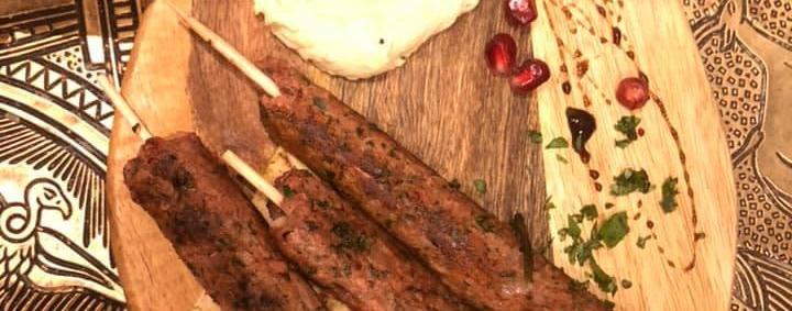 Kulinarische Völkerverständigung am Helmholtzplatz