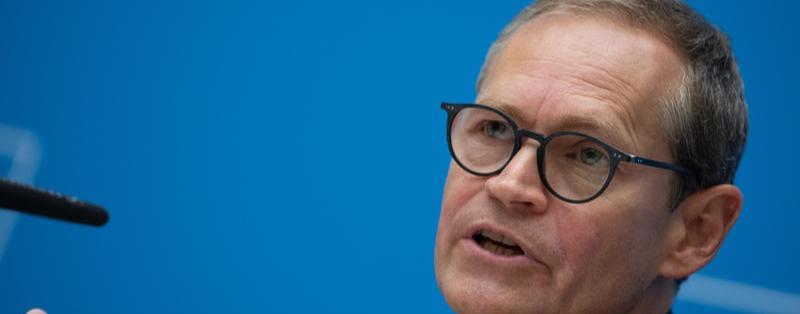 """Senat vertagt """"2G""""-Entscheidung – Michael Müller hisst weiße Flagge"""