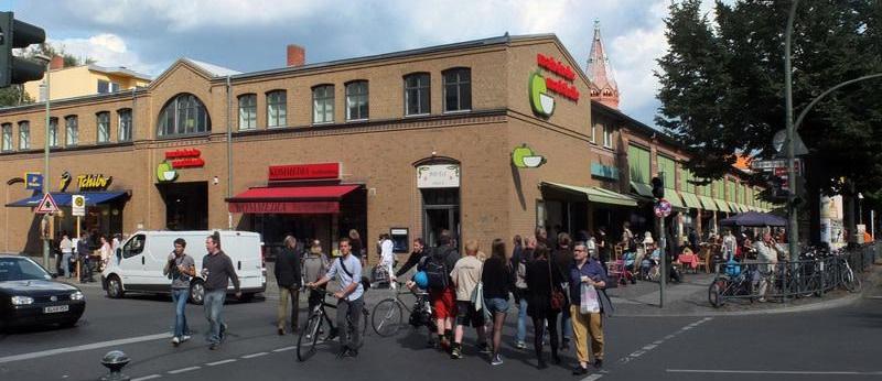 Städtische Gesellschaft wirft beliebten Eisladen aus der Marheinekehalle