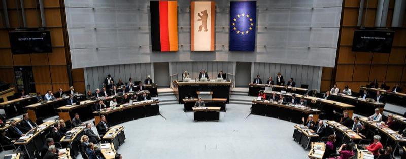 Berlins Abgeordnete zeigen Haltung