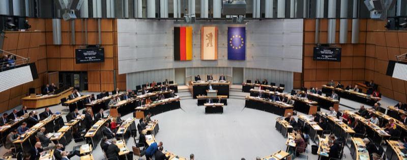 So profitieren die Parteien von der Berliner Diätenerhöhung