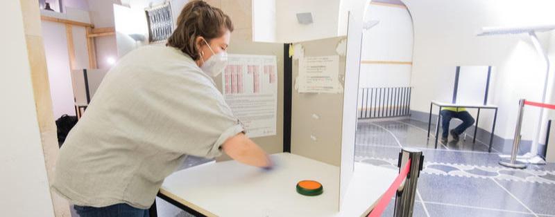 Tests nach Ermessen: Keine 3G-Regel für Helfende in Berlins Wahllokalen