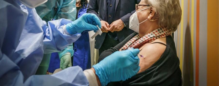 Alle Ü70-Jährigen sind versorgt mit einer Impfeinladung