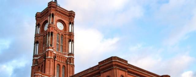 Klimaaktivisten wollen das Rote Rathaus umzingeln