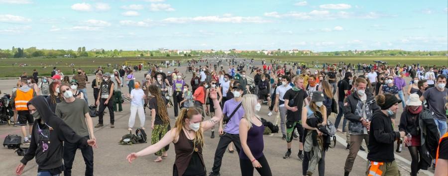 Politik will pandemiekonforme Partys auf dem Tempelhofer Feld ermöglichen
