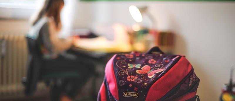 Mit liebevoll gepackten Lerntaschen durch die Corona-Pandemie