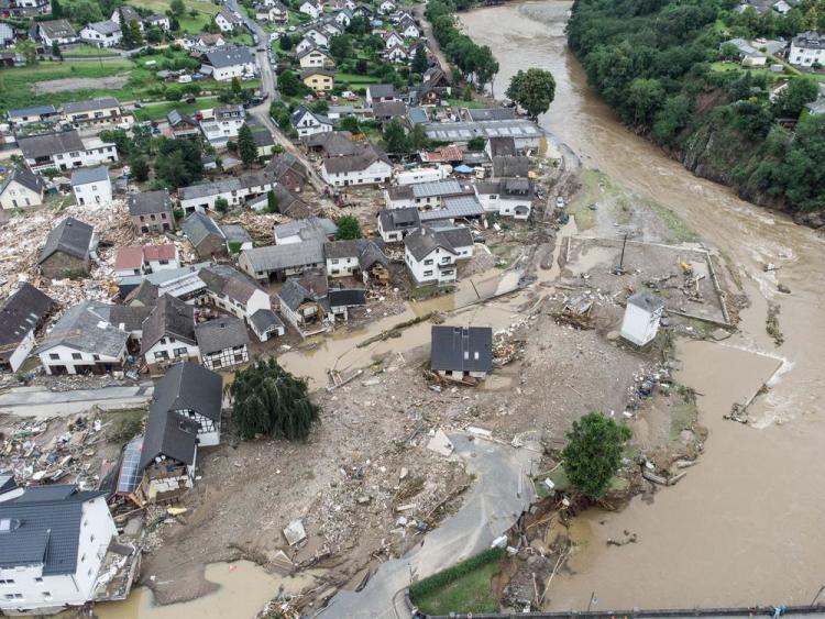 Überschwemmungen in Schuld