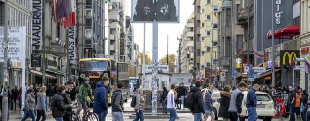 Kann am Checkpoint Charlie doch neu geplant werden?