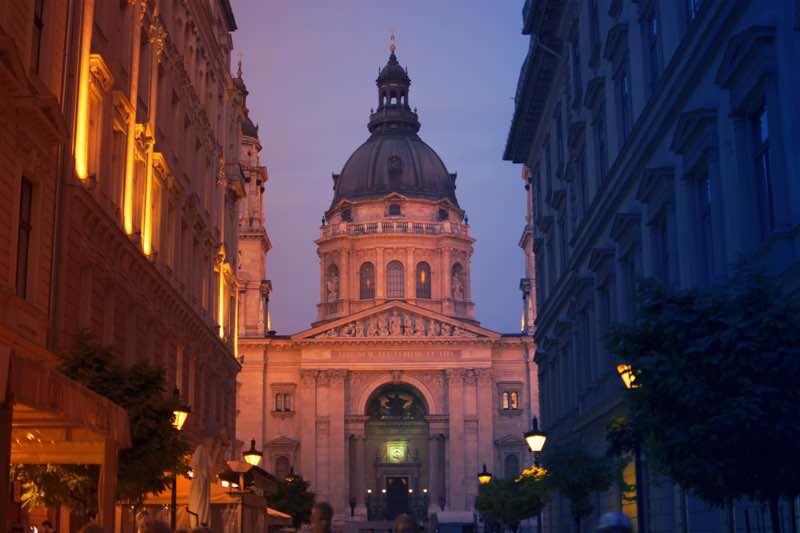 Startups in Budapest on Heet.io
