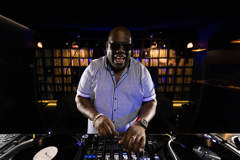 Carl Cox will perform via the Set for Love Xmas Appeal charity livestream this weekend