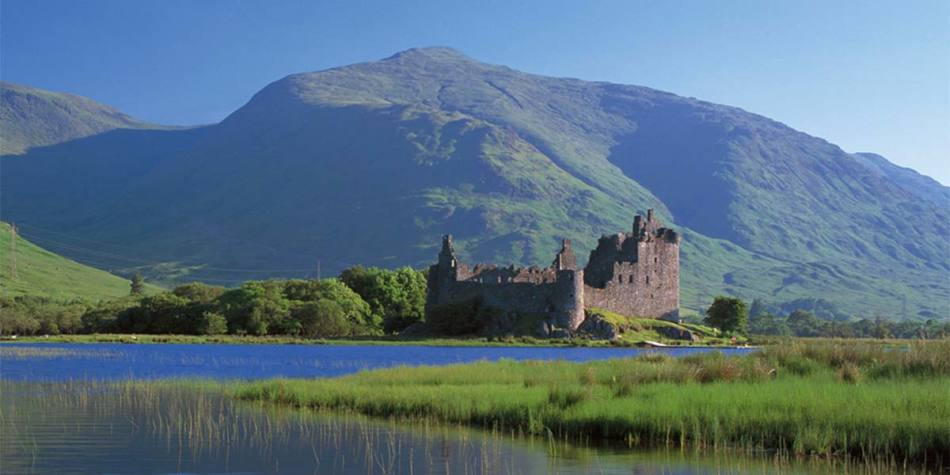 A castle near the area of Loch Lomond in Scotland