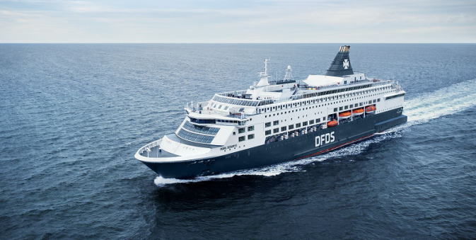 DFDS vessel Pearl Seaways sailing between Oslo and Copenhagen