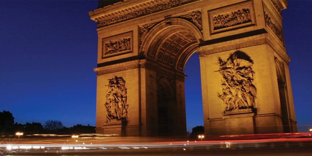 Paris - Arc de Triomphe at night