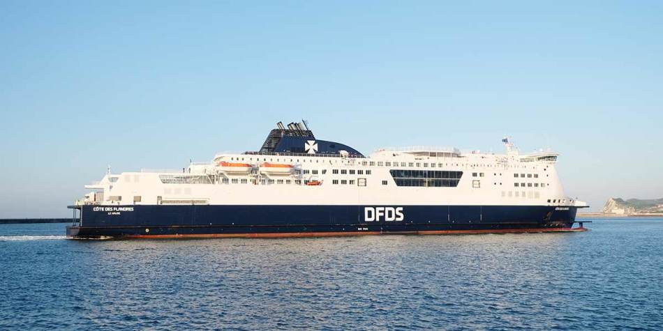 DFDS ship