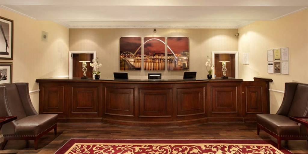 County-hotel-reception