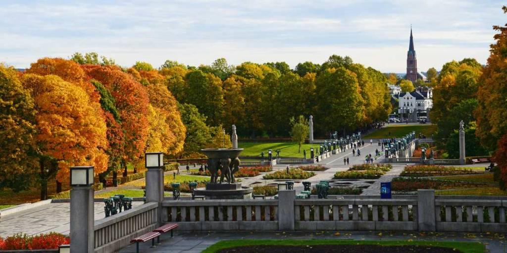 Oslo og Vigelandsparken i foråret