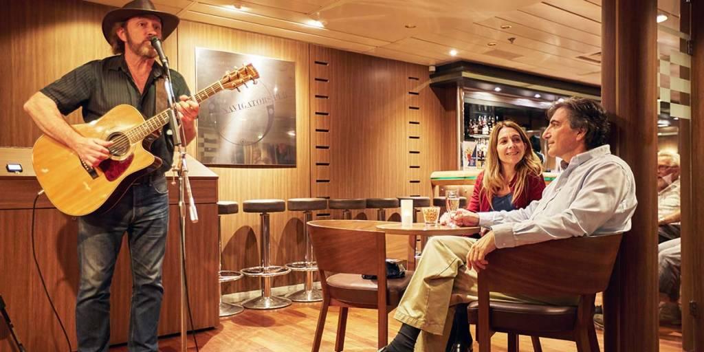 Navigators Pub onboard Amsterdam-Newcastle