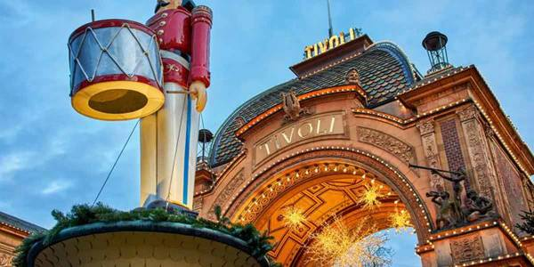 Tivoli Christmas - entrance