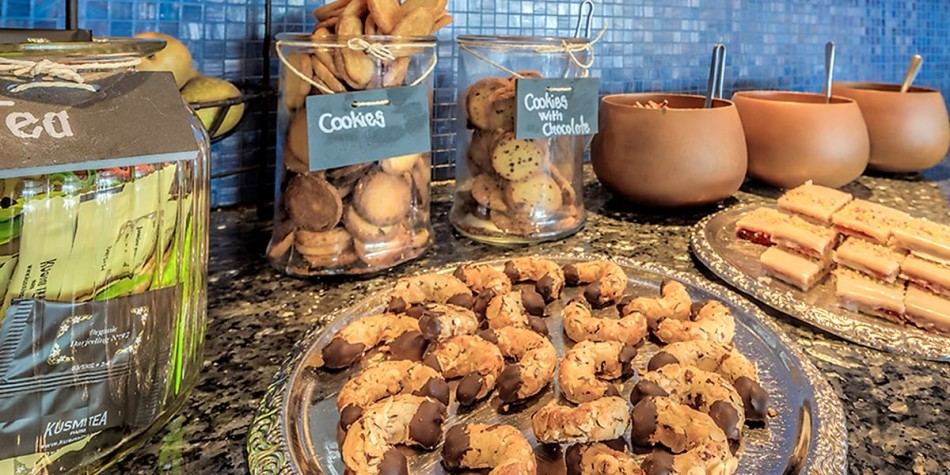 Cookies and sweet treats available in the copenhagen - oslo commodore lounge.