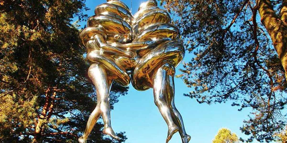 Skulptur af 'The Couple' i Oslo