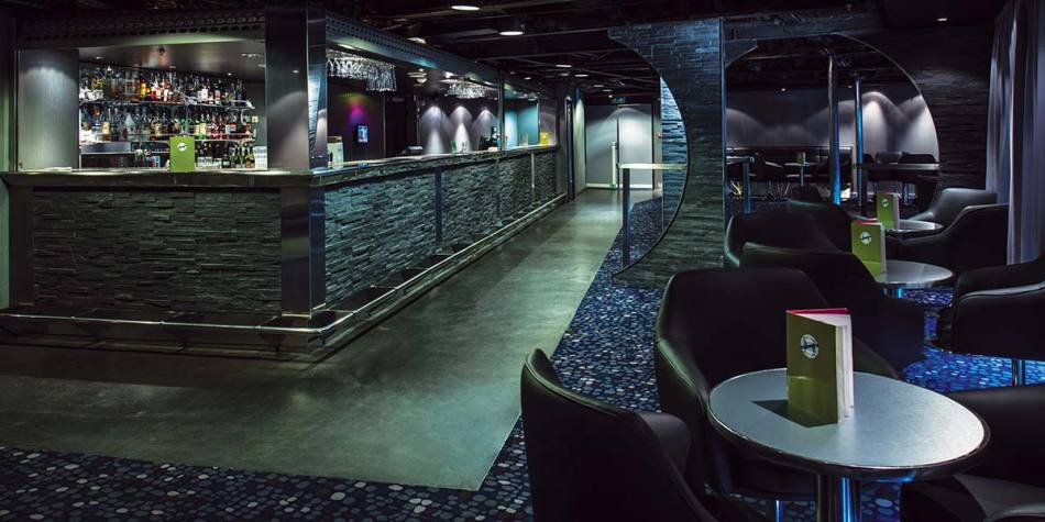 Compass bar onboard entertainment