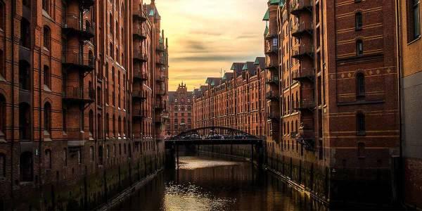 Dzielnica Spichlerzy w Hamburgu