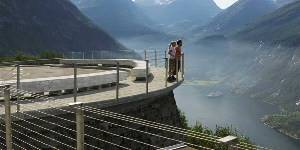 Fjord-P2-VisitNorway