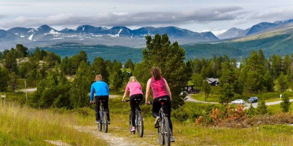 Cycling in Norway -  VisitLillehammer photo Ian Brodie